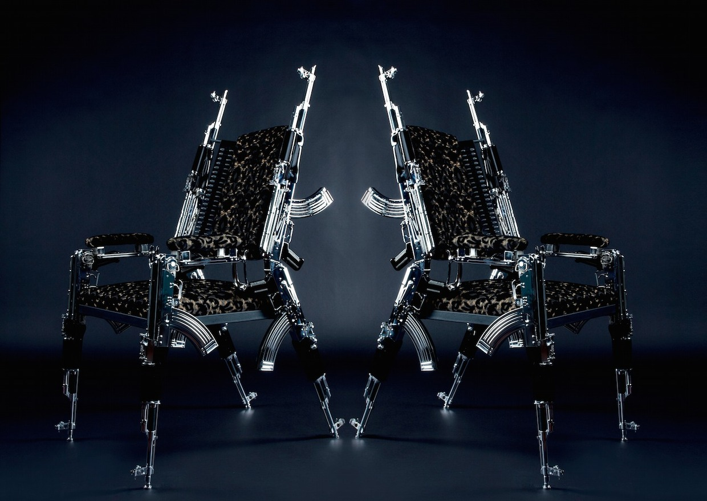 Stühle aus je 6 Stk. AK47 Design Rainer Weber